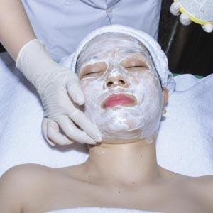 Apply numbing cream and clean the treated skin areas.